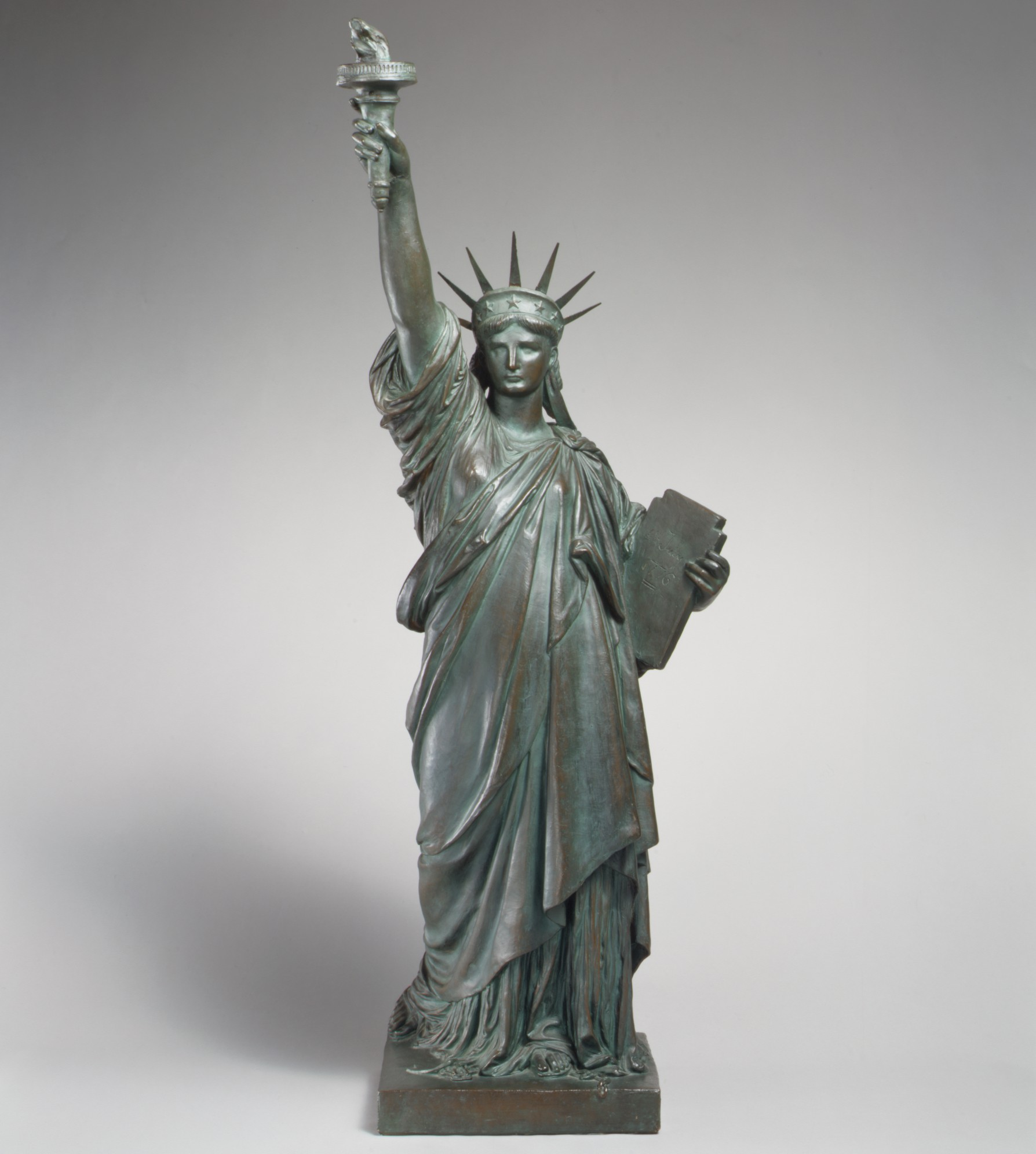 statue of liberty replica, the met