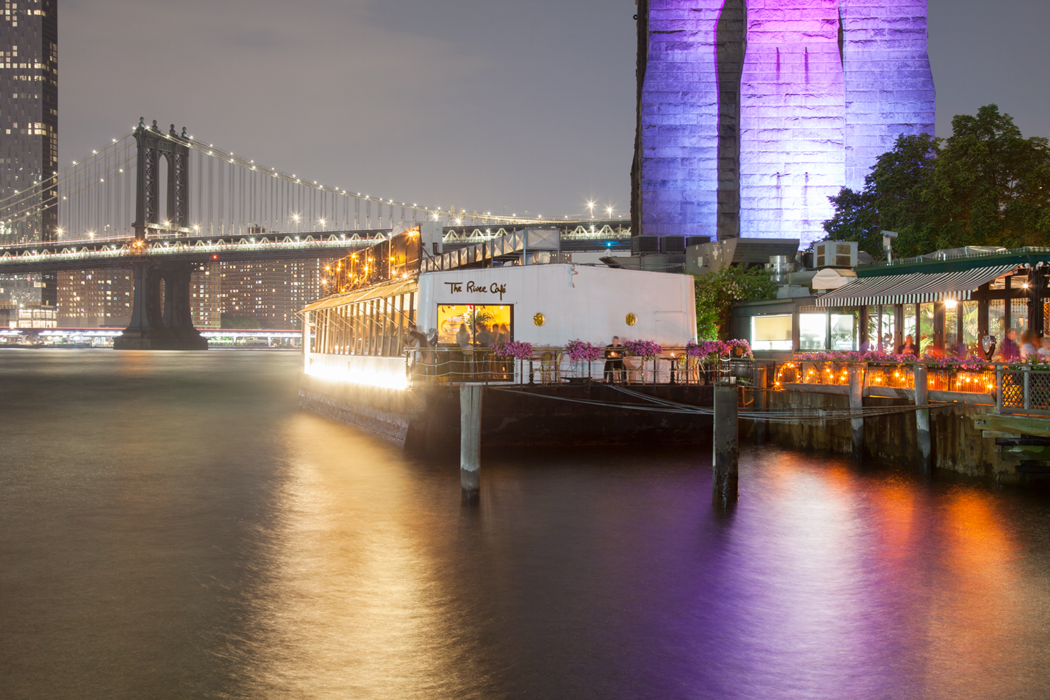 The_River_Cafe_at_night, Brooklyn, NYC